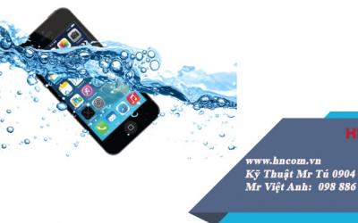 """[Giải đáp] thắc mắc """"khắc phục iphone bị vô nước như thế nào"""""""