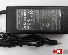 Adapter Samsung 19V – 2.1A (original)