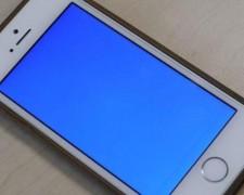 IPhone 5S màn hình xanh