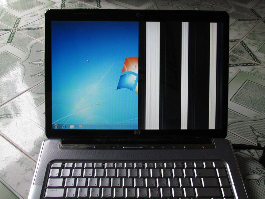laptop-bi-hong-be-cap-man-hinh
