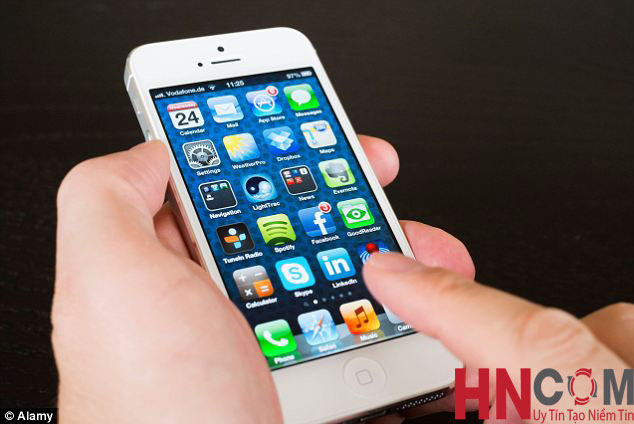 sua-iphone5-6-bi-nhay-cam-ung